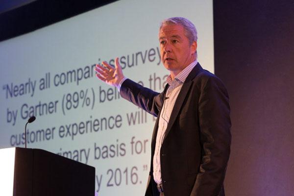 Adrian Swinscoe - Consultor e Acessor de Experiência ao Cliente - Connecting Stories PARTTEAM & OEMKIOSKS /