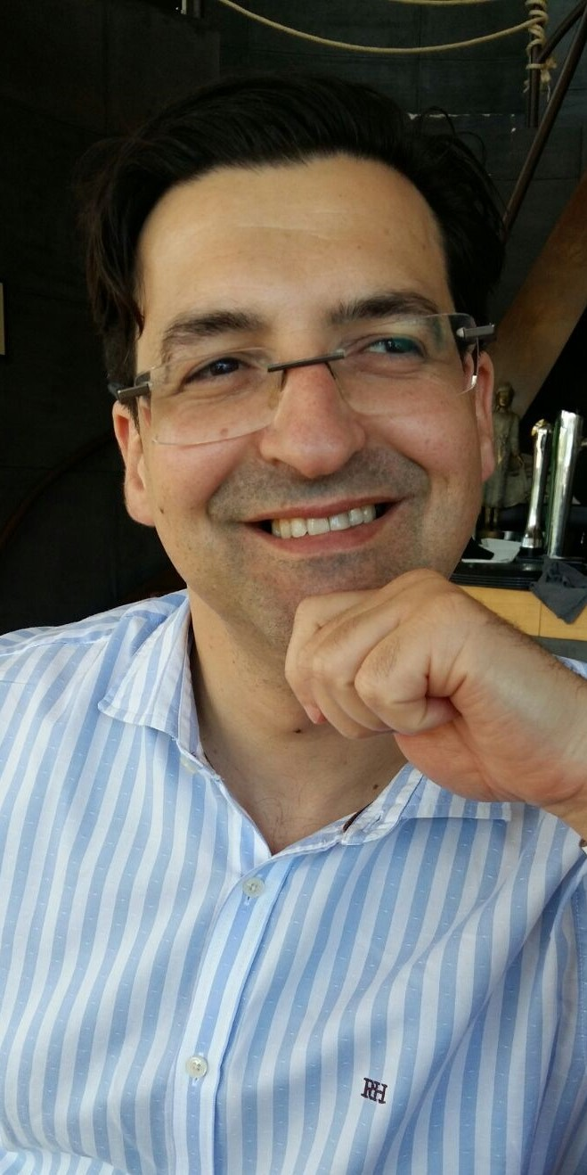 Helder Ferreira - Professor and consultant in technology and retail organizations - Connecting Stories PARTTEAM & OEMKIOSKS