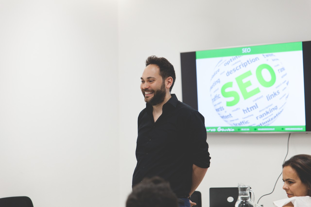 Marco Gouveia - Digital Marketing consultant and trainer - Connecting Stories PARTTEAM & OEMKIOSKS