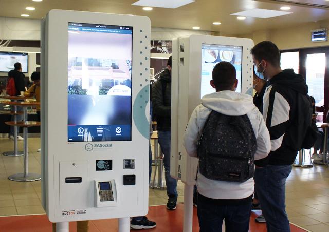 Multimedia Kiosks and Digital Billboards for Education & Teaching