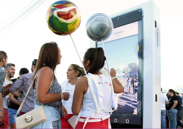 Multimedia Kiosks and Digital Billboards for Events & Exhibitions