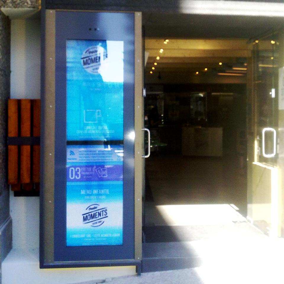 Panike store chooses PARTTEAM & OEMKIOSKS digital signage solutions