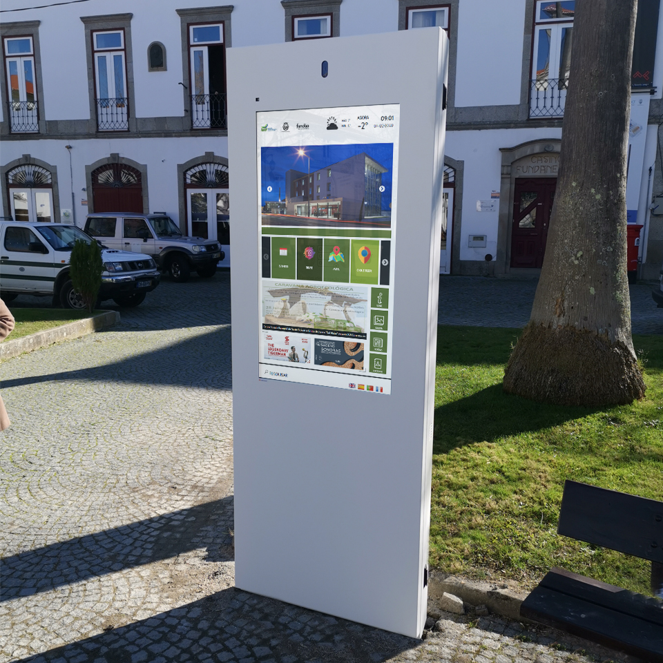 ACICF and PARTTEAM & OEMKIOSKS: PLASMV Installed in Municipality of Fundão
