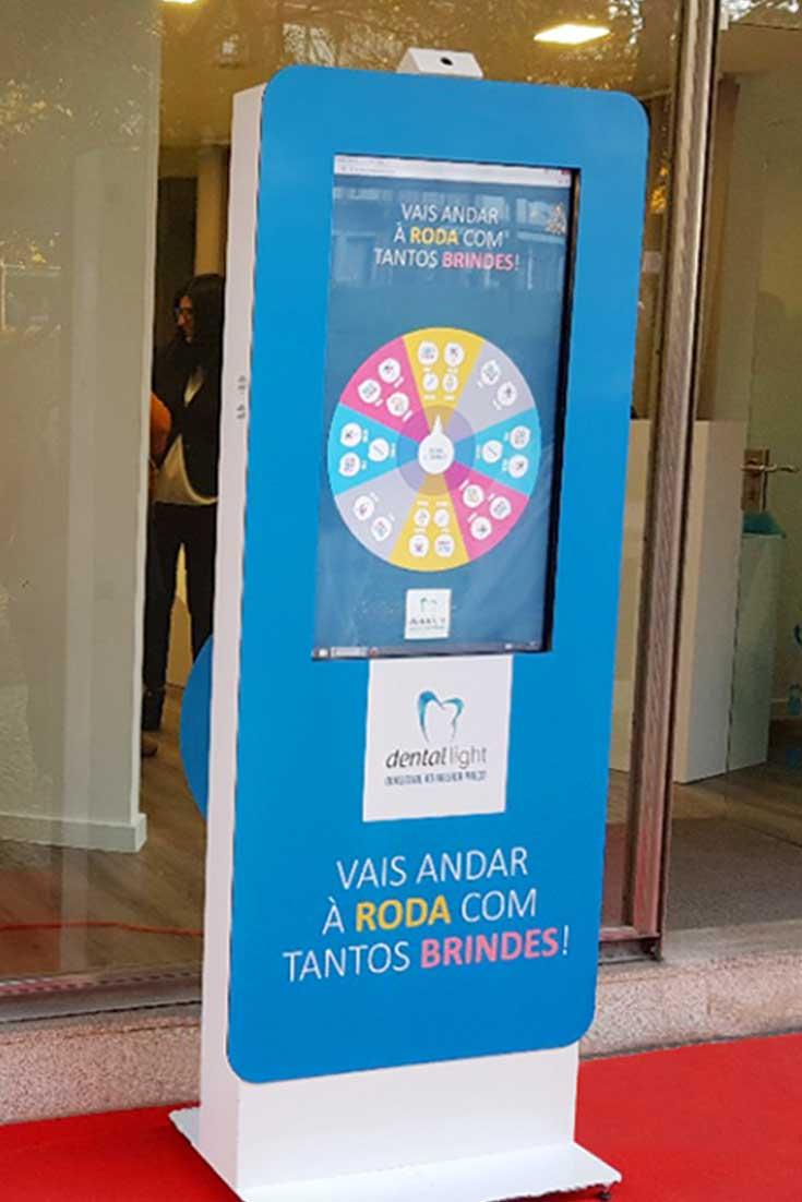 Quiosques interactivos para promoção de produtos e serviços