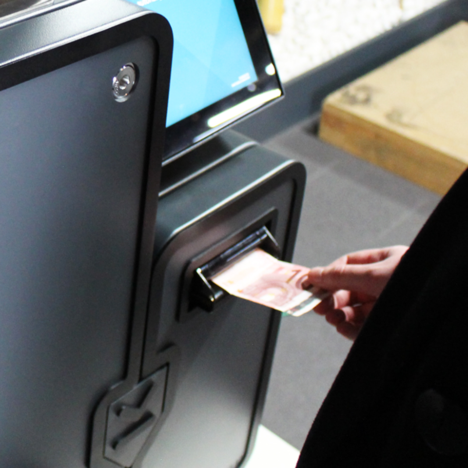 PARTTEAM & OEMKIOSKS doesnt exclude cash from payment solutions