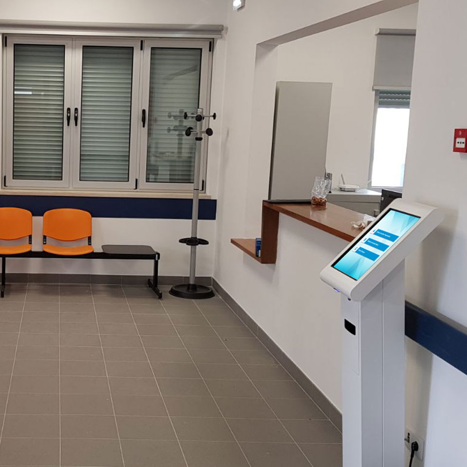 Queue management for Health Center of Cortes - Leiria