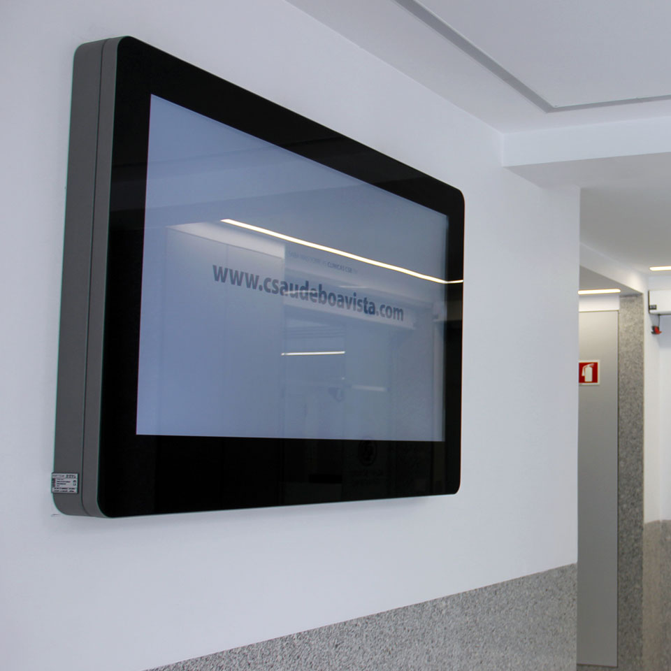 Casa de Saúde da Boavista equipped with Digital Signage