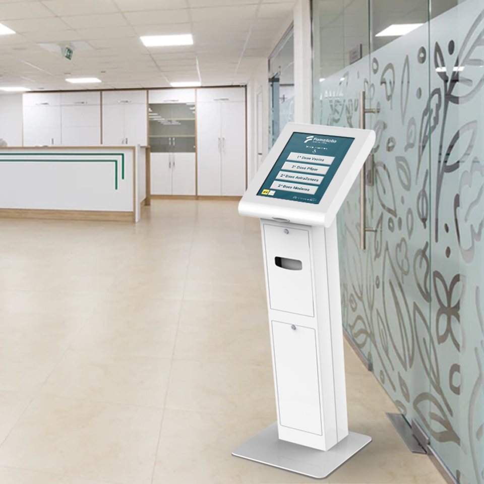 PARTTEAM & OEMKIOSKS QMAGINE queue management system ensures organization at the Vaccination Center of Famalicão