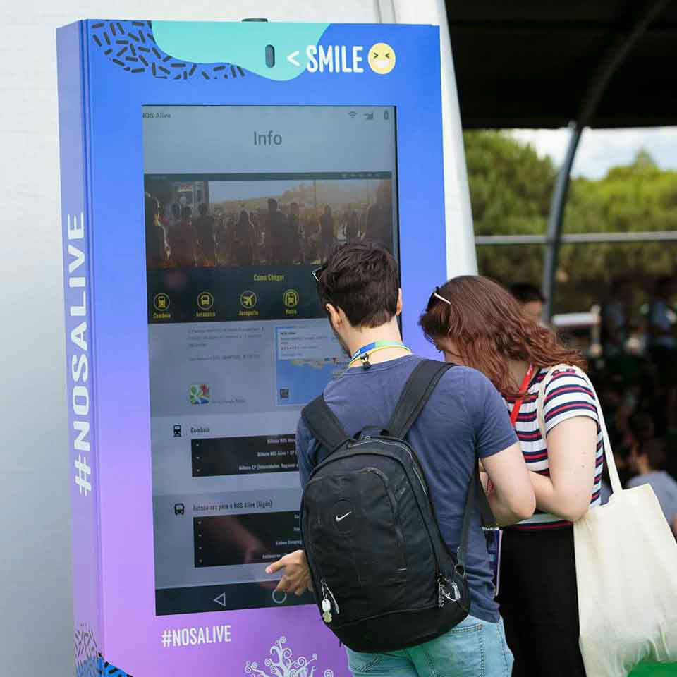 NOS ALIVE 2017: Music with the Portuguese DOOH technology of PARTTEAM & OEMKIOSKS by PARTTEAM