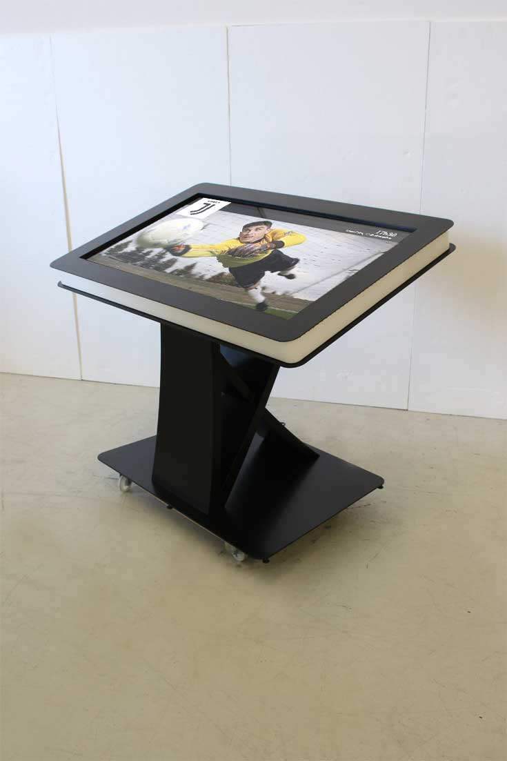 J-Museum: Interactive tables for Juventus Museum