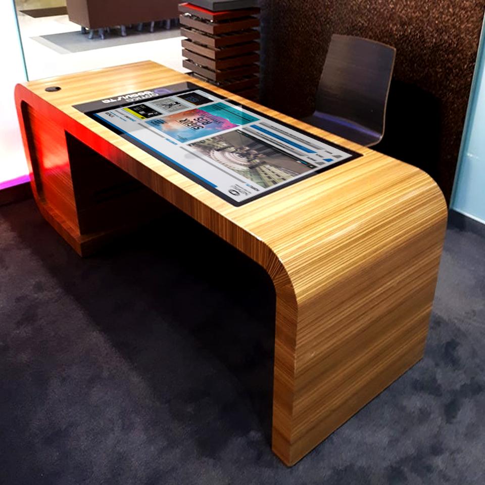 Óptica da Boavista: Custom Digital Tables