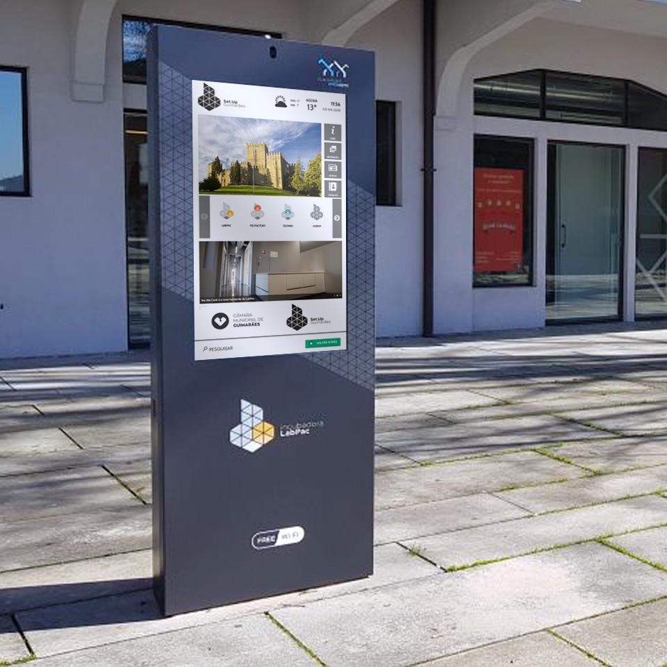 Digital Billboard PLASMV for the Platform of Arts and Creativity