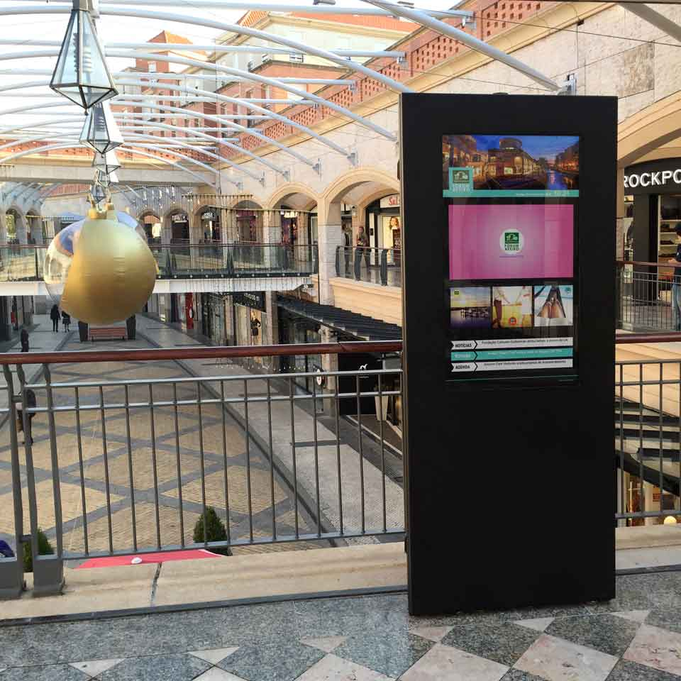 Digital Technologies for Shopping Centers: Fórum Aveiro
