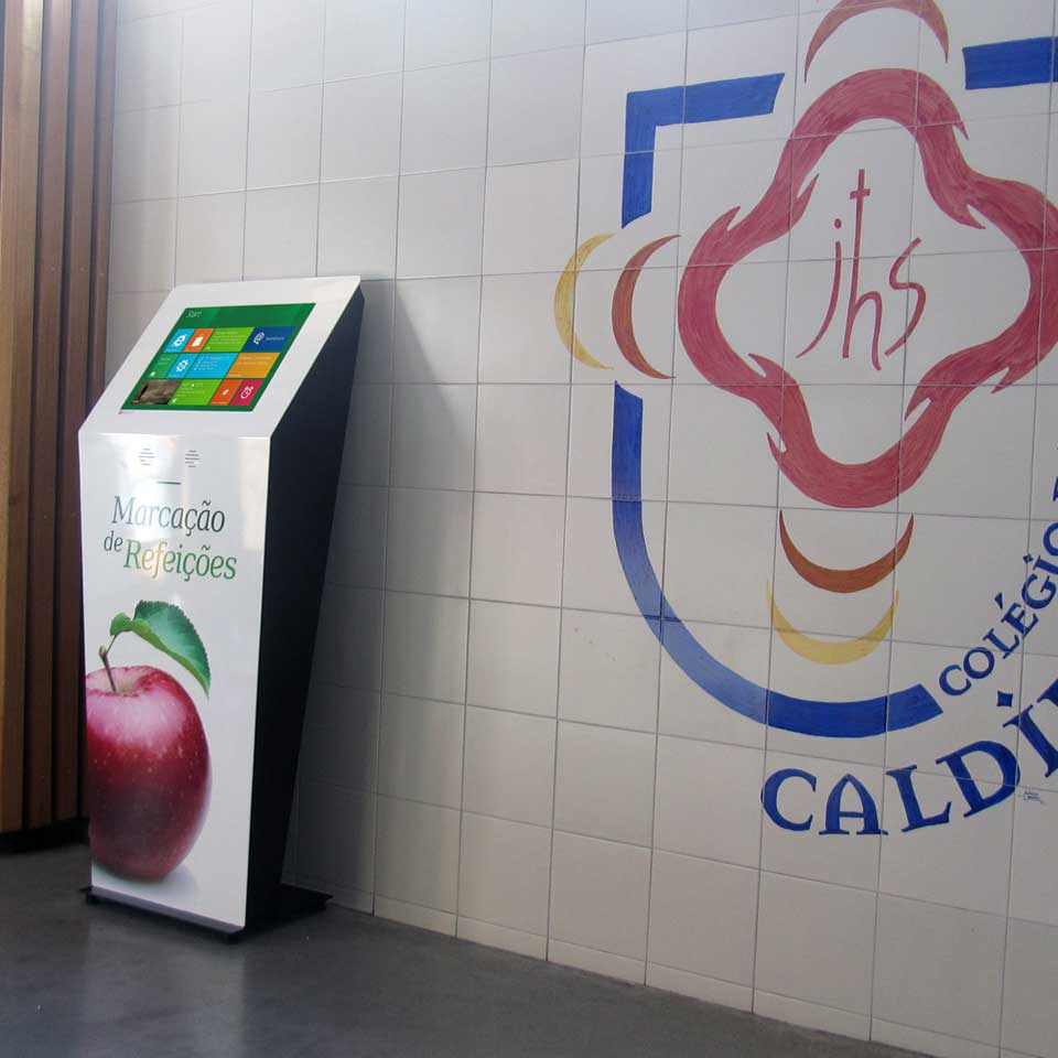 Digital kiosks for marking school meals