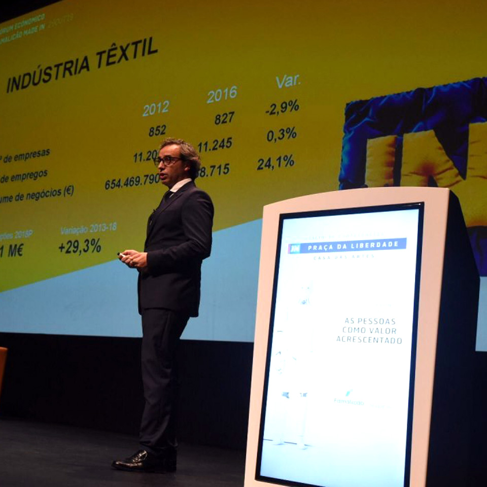 Famalicão Made IN Economic Forum with Digital Pulpits of PARTTEAM & OEMKIOSKS