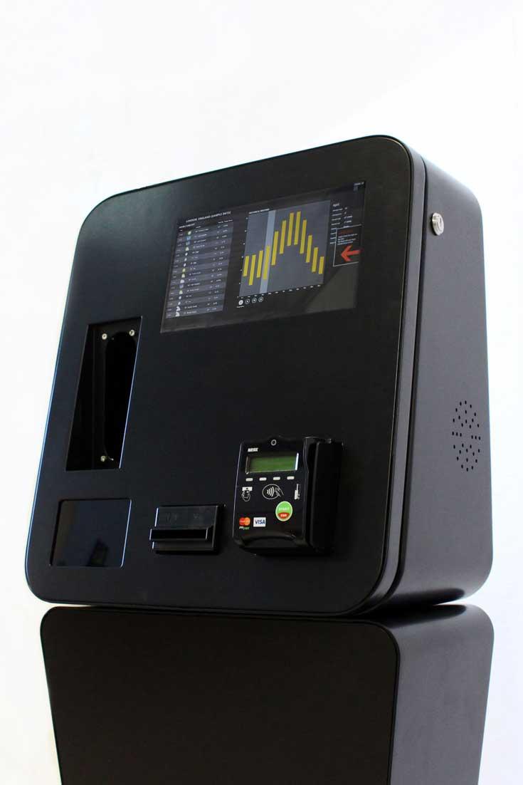 Digital kiosks for self-service payments - NAYAX Cashless