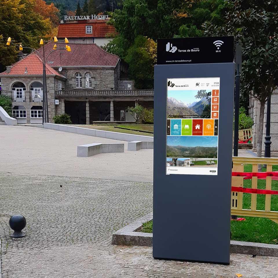 Municipality of Terras do Bouro install Digital Billboards with Free Wi-Fi