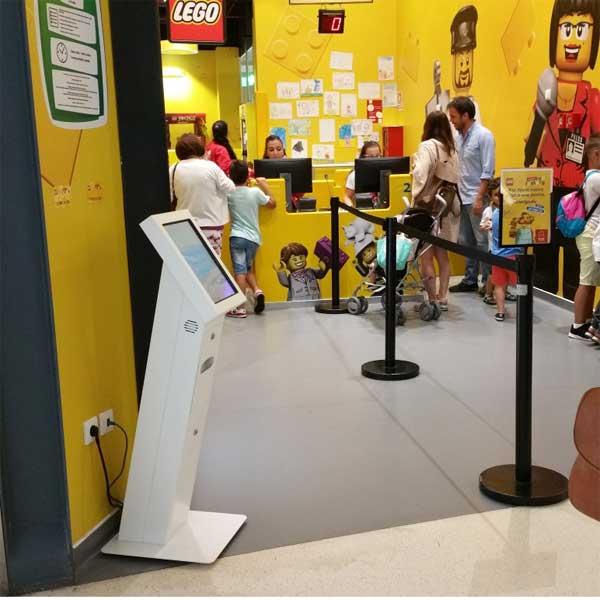 Queue Management for Retail : IKEA / LEGO