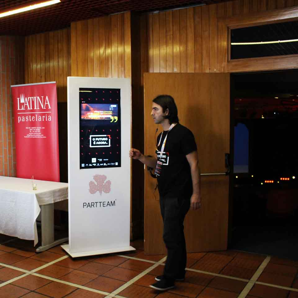 TEDxAveiro 2017: PARTTEAM & OEMKIOSKS is Official Partner - Silver Sponsor by PARTTEAM
