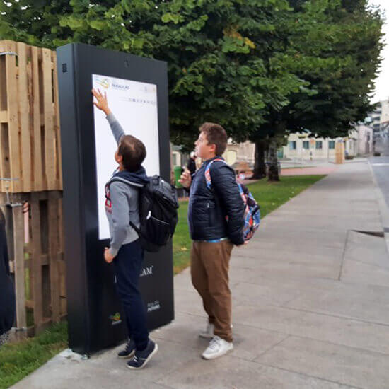 Technological solutions for Social Services - PARTTEAM & OEMKIOSKS