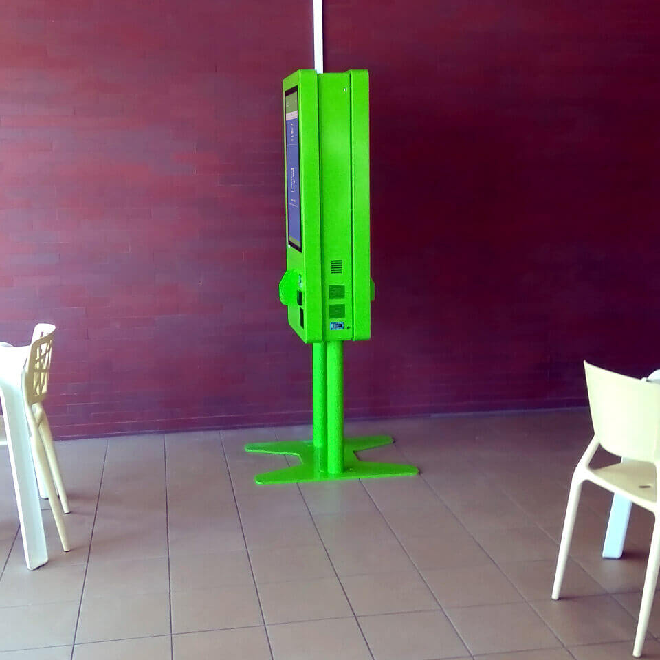 Self-Service Catering Kiosks for University of Trás-os-Montes and Alto Douro - PARTTEAM & OEMKIOSKS